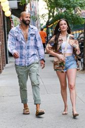 Kacey Musgraves Casual Style - Out in New York 06/18/2021