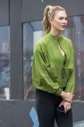 Karlie Kloss - Photoshoot Set in Brooklyn 06/08/2021