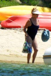 Kate Hudson and Goldie Hawn - Skiathos Island 06/16/2021
