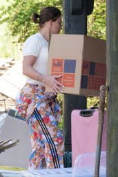Katie Price - Starting to Move Belongings Back Into Her Sussex Mansion 06/13/2021