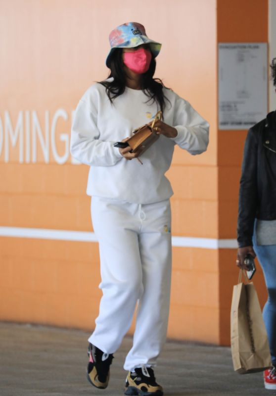 Kelly Rowland - Shopping in Beverly Hills 06/01/2021