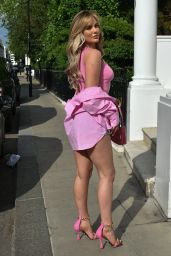 Kelsey Stratford - Heading to a Friends Garden Party to Watch the England Game 06/29/2021