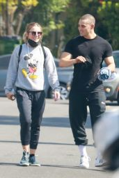 Kristen Bell and Benjamin Levy Aguilar - Out in Los Angeles 06/01/2021