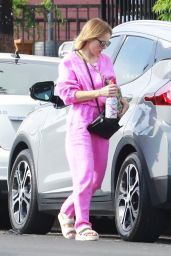 Kristen Bell in Black Leggings and Pink Sports Bra - Los Feliz 06/28/2021