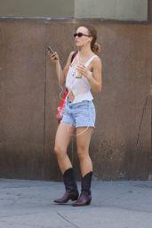 Lily-Rose Depp - Shopping around Manhattan