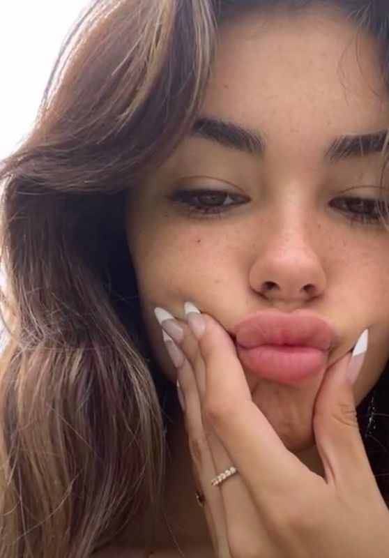 Madison Beer - Live Stream Video and Photos 06/04/2021