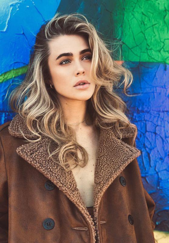 Melissa Roxburgh - Photoshoot June 2021