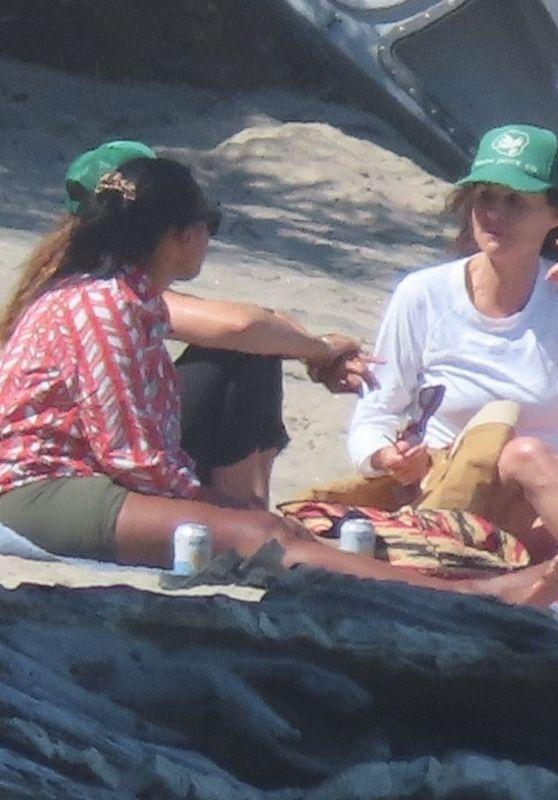Minnie Driver - Beach in Malibu 06/23/2021