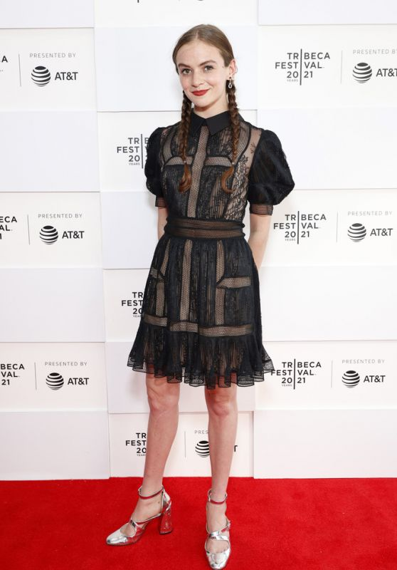 """Morgan Saylor - """"Mark, Mary & Some Other People"""" Premiere at Tribeca Festival in NY 06/10/2021"""