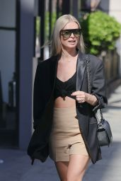 Nadiya Bychkova Looks Fashionable - London 06/08/2021