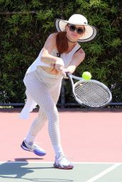 Phoebe Price - Posing at the Courts 05/31/2021