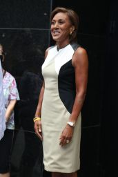 Robin Roberts - Outside ABC Studios in NYC 06/09/2021
