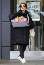Rose Byrne - Shopping in Sydney 06/08/2021
