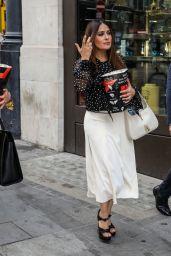 Salma Hayek Eating Popcorn - London 06/14/2021