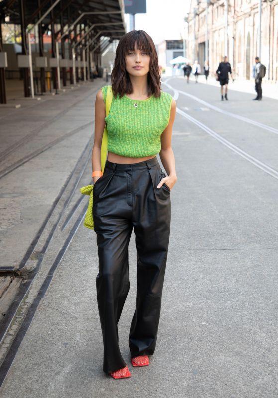 Sarah Ellen – Afterpay Australian Fashion Week Street Style in Sydney 06/01/2021