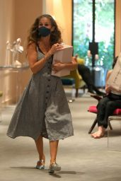 Sarah Jessica Parker at Her Store in Manhattan 06/06/2021