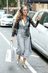 Sarah Jessica Parker - Out in New York 06/06/2021
