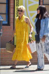 Selma Blair Debuts New Blonde Hair - Studio City 06/10/2021