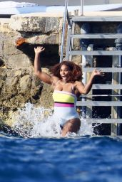 Serena Williams in the South of France 06/12/2021