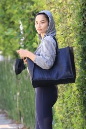 Shanina Shaik – Leave a Morning Pilates Workout in West Hollywood 06/09/2021