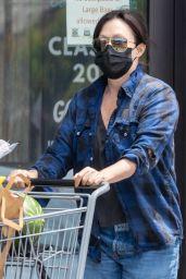 Shannen Doherty - Grocery Shopping in Malibu 06/04/2021
