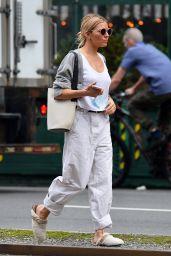 Sienna Miller Street Style - NYC 06/05/2021