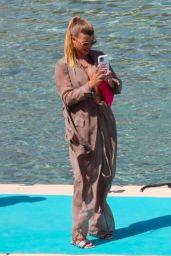Sofia Richie - Holidays in Mykonos 06/24/2021