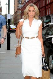 Vicky Pattison in a White Dress - Chiltern Firehhouse in London 06/03/2021