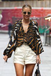 Vogue Williams Street Fashion - London 06/27/2021