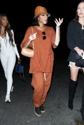 Winnie Harlow in a Baggy Brown Two-Piece - Zack Bia