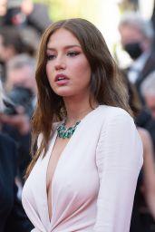"""Adèle Exarchopoulos - """"De Son Viviant"""" Premiere at 74th Cannes Film Festival"""