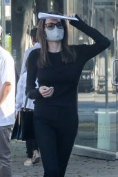 Angelina Jolie - Shopping at High-end Knoll Home Design Shop in West Hollywood 07/03/2021