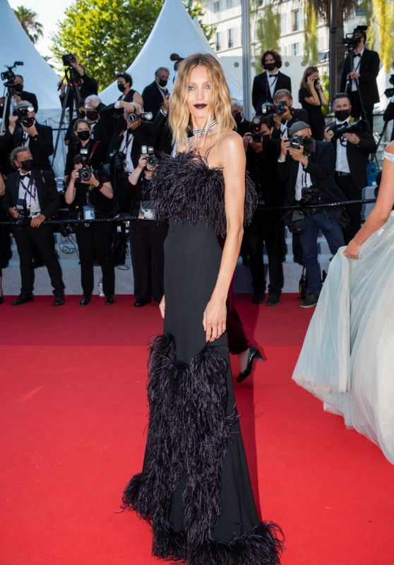 "Anja Rubik – ""De Son Vivant (Peaceful)"" Red Carpet at the 74th Cannes Film Festival"