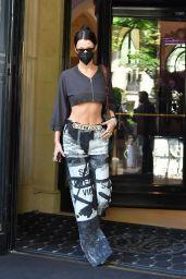 Bella Hadid Street Style - Paris 07/04/2021