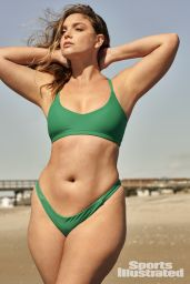 Chelsea Heath - Sports Illustrated Swimsuit Edition 2021