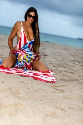 Claudia Romani - Celebrating 4th of July on South Beach 07/04/2021
