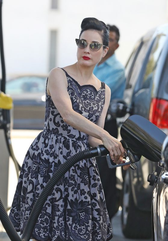 Dita Von Teese - Pumping Gas in LA 07/01/2021
