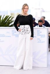 """Dylan Penn - """"Flag Day"""" Photocall at the 74th Cannes Film Festival"""