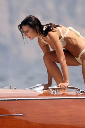 Emily Ratajkowski - Out on a Boat in Nerano 07/27/2021