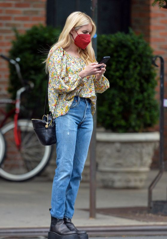 Emma Roberts - Out in New York 07/28/2021