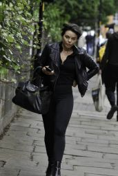 Faye Brookes - Arrives at Barry