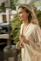 Gia Skova - Out in Beverly Hills 07/117/2021