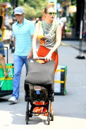 Gigi Hadid - Out in New York 07/06/2021