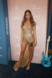 Haley Kalil – Sports Illustrated Swimsuit 2021 Issue Concert in Miami 07/24/2021