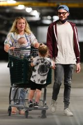 Hilary Duff - Shopping at Whole Foods in LA 07/11/2021