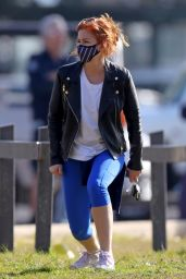 Isla Fisher - Out in Sydney 07/08/2021