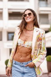 Izabel Goulart - Out in Cannes 07/07/2021