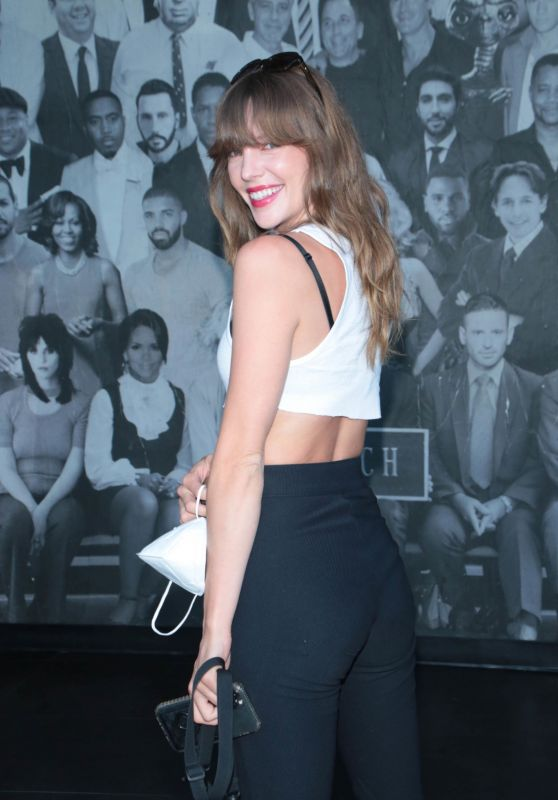 Jade Swift - Out in Los Angeles 07/20/2021