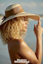 Jasmine Sanders - Sports Illustrated Swimsuit 2021 (more photos)