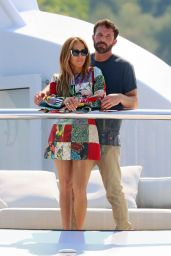 Jennifer Lopez and Ben Affleck on a Romantic Cruise Aboard a Yacht in the South of France 07/24/2021